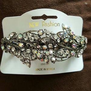 Diamond  barrette